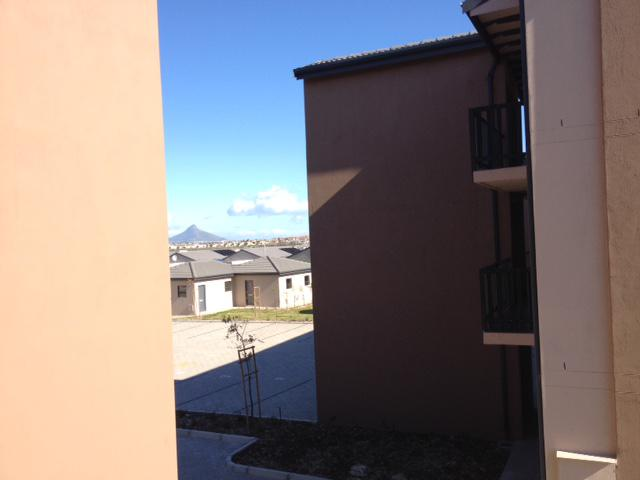 Property For Rent in Parklands, Cape Town 1
