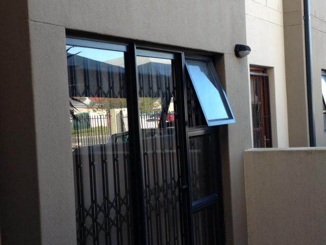 Property For Sale in Rondebosch East, Cape Town 38