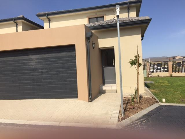 Property For Rent in Parklands, Cape Town 6