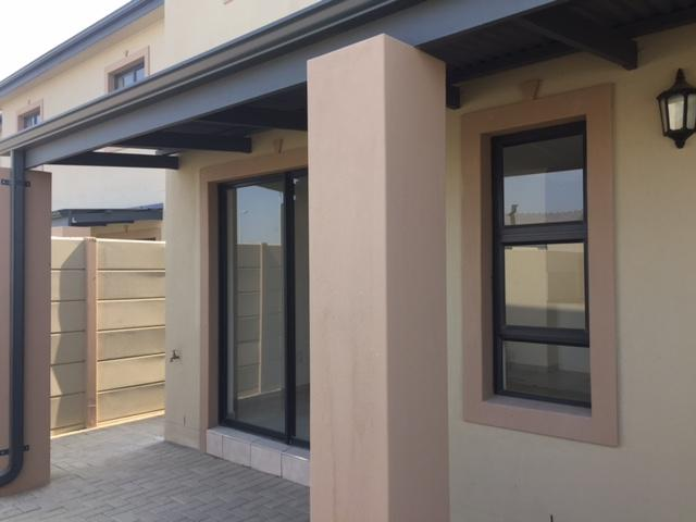 Property For Rent in Parklands, Cape Town 7