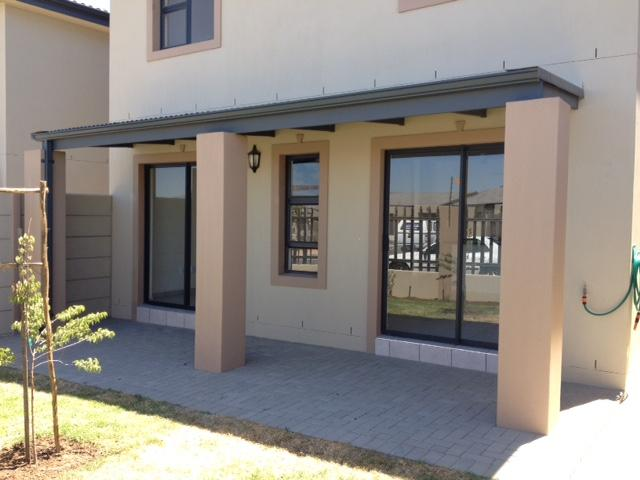 Property For Rent in Parklands, Cape Town 4