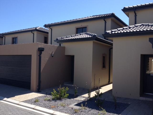 Property For Rent in Parklands, Cape Town 5