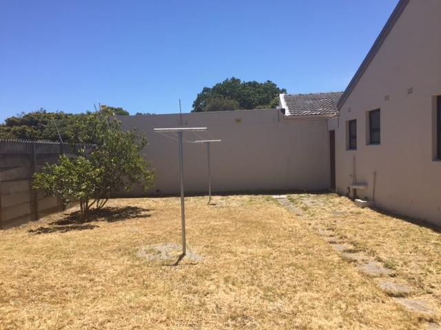 Property For Rent in Rylands, Cape Town 11