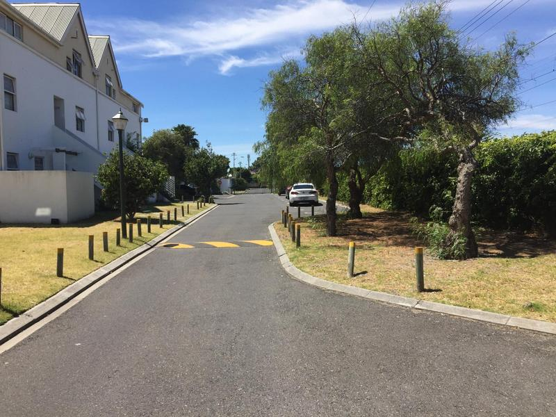 Property For Rent in Rondebosch East, Cape Town 23
