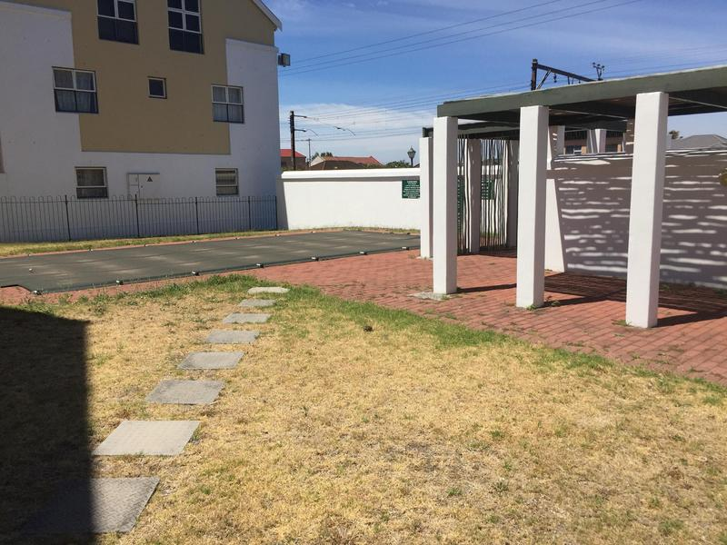 Property For Rent in Rondebosch East, Cape Town 22