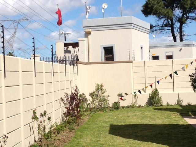 Property For Sale in Burgundy Estate, Milnerton 7