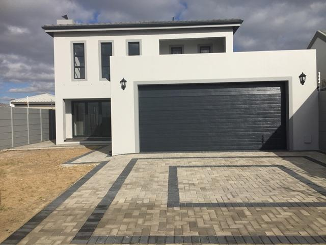 Property For Sale in Parklands North, Cape Town 8
