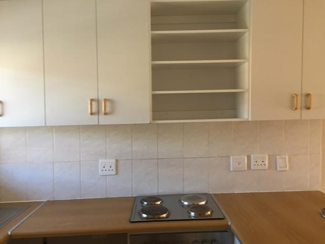 Property For Rent in Athlone, Cape Town 5