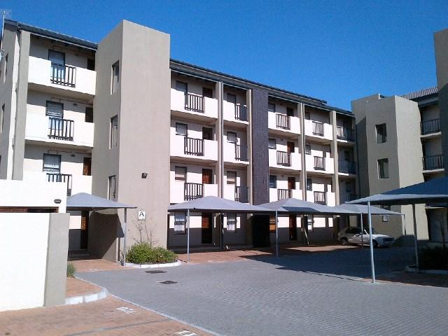 Property For Rent in Rondebosch East, Cape Town 2