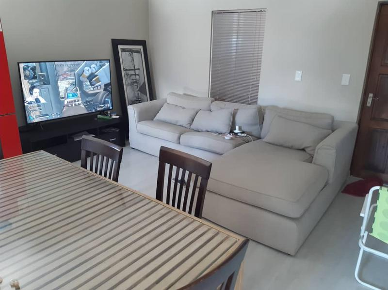 Property For Rent in Rondebosch East, Cape Town 7