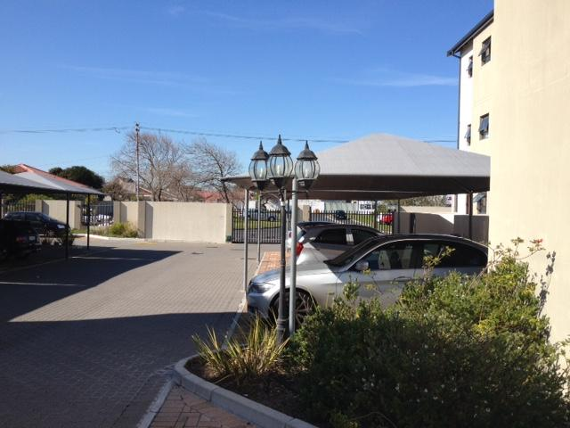 Property For Rent in Rondebosch East, Cape Town 3