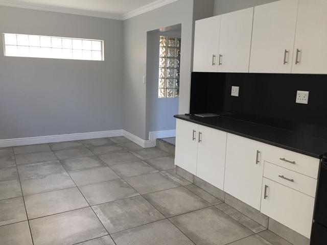 Property For Rent in Rylands, Cape Town 12