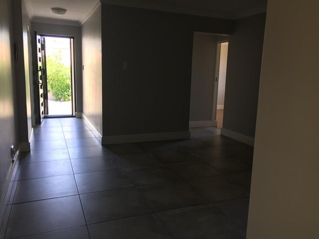 Property For Rent in Rylands, Cape Town 13